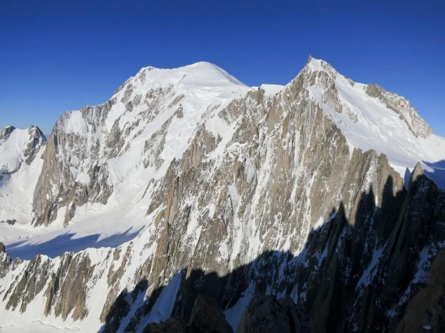 Blick zum Mt. Blanc mit dem Kuffner-Grat im Vordergrund